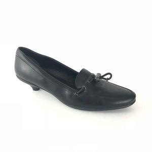 Prada 38 Black Leather Kitten Heel Loafer Pumps